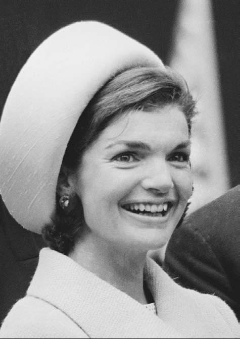 Jackie Kennedy Pillbox Hat: Jakie Kennedy
