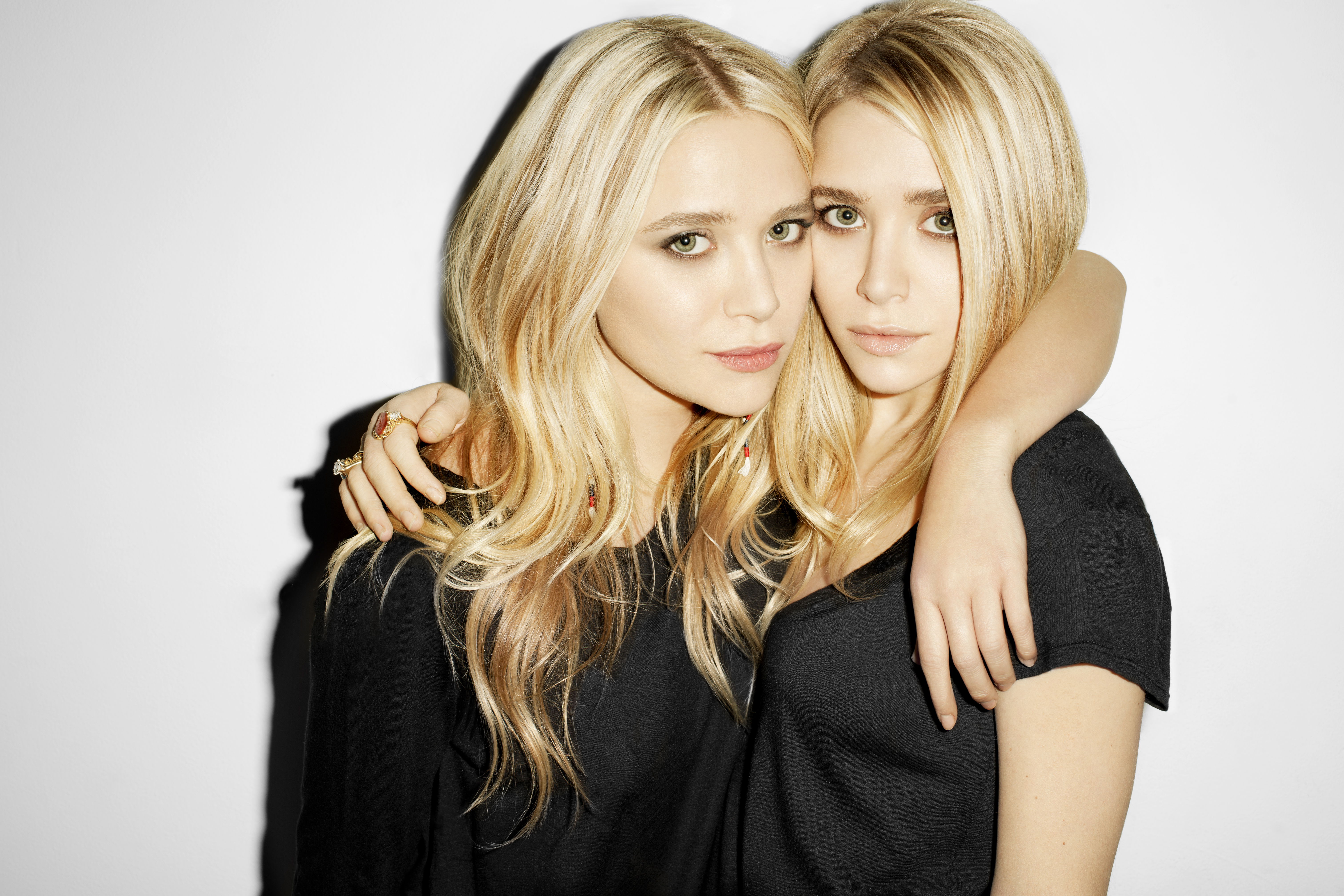 Mary Kate And Ashley Olsen For Stylistpick  Closetbox-7703