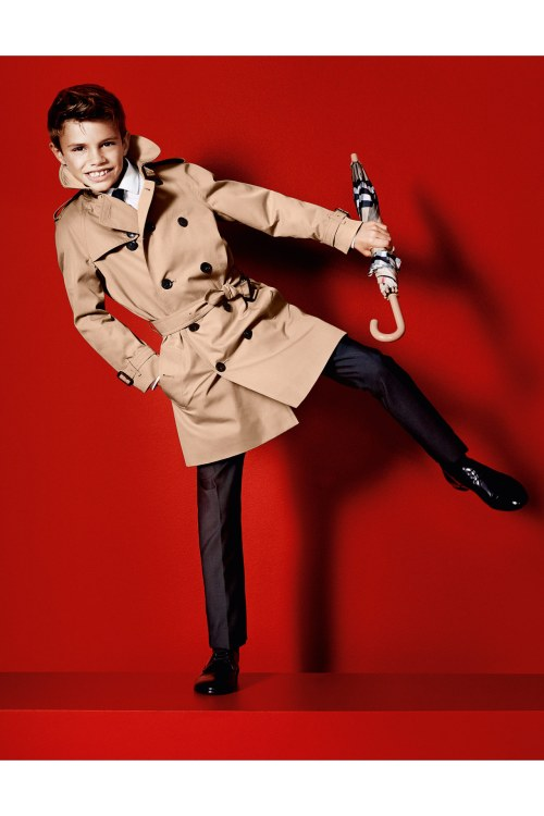 Burberry_RBeckham_V_18Dec12_pr_b