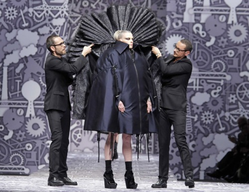 Viktor-_-Rolf-Return-To-Couture