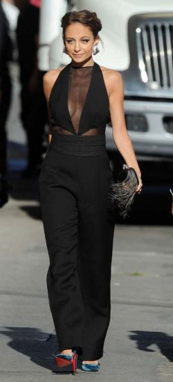 Nicole-Richies-Jimmy-Kimmel-Live-Emilio-Pucci-Fall-2013-Black-Wool-Jumpsuit